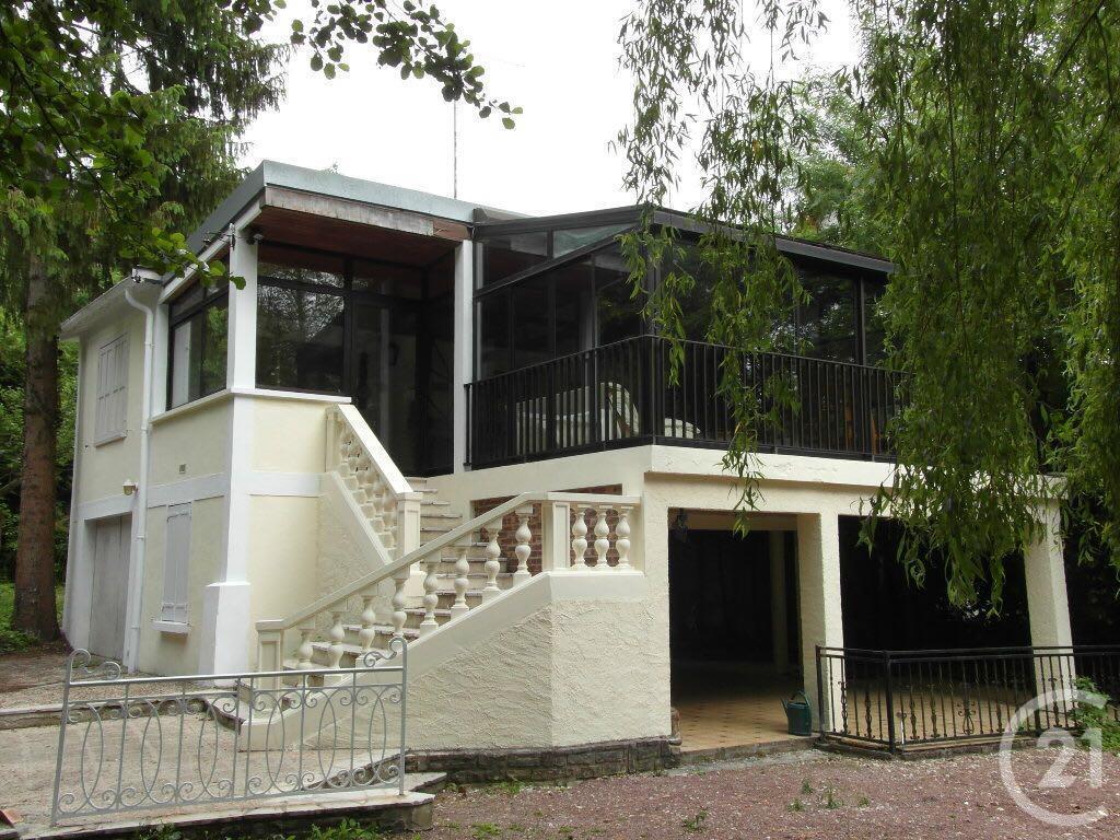 maison vendre ile de r location ile de r petite maison plain pied au cur de la flotte dans une. Black Bedroom Furniture Sets. Home Design Ideas